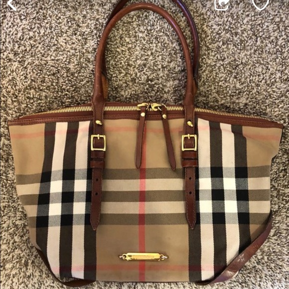 0b8118c7587e Burberry Handbags - Burberry Bridle House Check Salisbury Tote